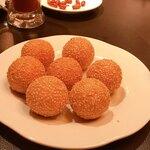 中国家庭料理 ニイハオ - ゴマ団子