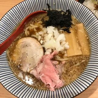 焼きあご塩らー麺 たかはし 大船店 - 背脂らー麺