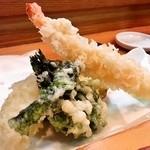 南草 - 寿司定食1050円(天婦羅)