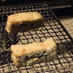 囲炉裏料理と日本酒スローフード 方舟 - あぶらげ神楽南蛮味噌添え