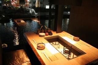 堀江燈花 和食 鮨 日本酒 なんば店 - 囲炉裏個室