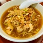 台湾料理 光春 - ネギとりそば。