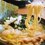 家系ラーメン 町田商店 - 太麺が好き(๑´▿`๑)