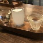 日本酒バル のまえ - 呑み比べ3酒(米鶴かっぱ、智則、大倉)