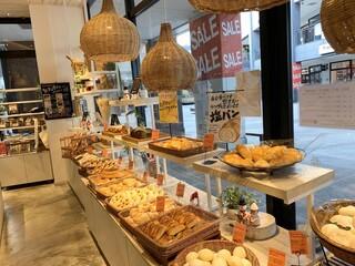 THE MOST BAKERY & COFFEE 三井アウトレットパーク仙台港店 - 「生食パン」が売り切れた後の静けさ…(笑)