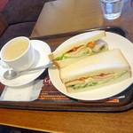 上島珈琲店  - モーニングBセット490円