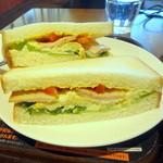上島珈琲店  - コーンポタージュポテト&チキンのサンド