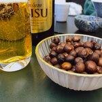 銀座 鹿乃子 - エビスビールと赤腕豆
