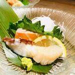 丸バル 北海道食市場 丸海屋バル - 二品目「お刺身3点盛」