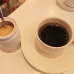 ハナダ・ロッソ - コーヒー