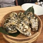 浜料理 あら珠 - 冬限定 人気の牡蠣盛り!
