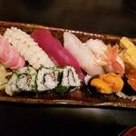 辰美寿し - 料理写真:お寿司一人前ずつ