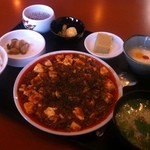 キッチン富士 - ランチ麻婆豆腐セット(4番)