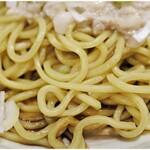 梨の花 - ゴツゴツっとしたワイルドな食感の麺。