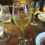 ハーレーパーク - 白ワイン(421円)