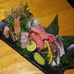 蟹しぐれ - 蟹と鮮魚の三点盛り