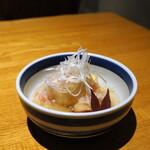 蟹しぐれ - 蟹餡掛けの揚げ出汁豆腐