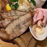 SARU BACON - 「肉モク盛り」