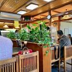 谷岡食堂 - 店内。
