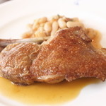 ラパン・アジル - ランチセット肉料理メニュー、ほろほろ鳥のソテー
