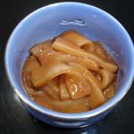 鶴生館 - 鶴生館自家製のイカの塩辛。