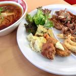 レストラン四季彩 - 料理写真:1皿目と笠岡ラーメン