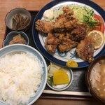 廣瀬庵 - 料理写真:とりから揚定食 930円