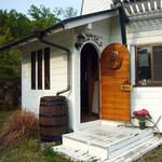 ダッチカフェ・キューピッド・アンド・コットン - カフェ入口