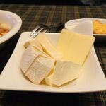 ザ ドッグハウスイン - チーズとクラッカー☆彡
