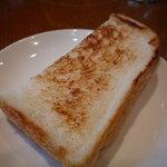 新町バール la cima - ☆パスタランチにはパンが付いているみたいです☆