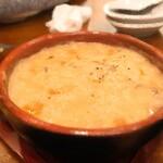 Caldo - 牡蠣のクリームチャウダー