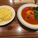 スープカレーとスパイスカレーの店 きち - 料理写真:ケララ風スープカレー全貌