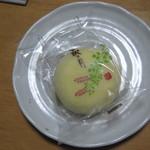 12221033 - 菓匠 三全:萩の月