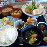12221338 - おまかせ定食¥950