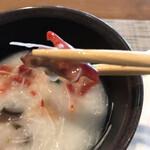 ブッフェダイニング オーシャンテラス - 朝食ビュッフェ3600円(総額)。お粥のトッピングの赤い焼豚。甘めの味付けが、サラダにもお粥にも相性良く、とーっても美味しかったです(╹◡╹)(╹◡╹)