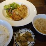 chuukaryouriiwaen - 週替り定食(今週は油淋鶏)