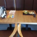 美歓園 中華鉄鍋燉 - 利用したテーブル席