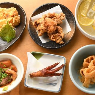 お集まりの際は、美味しい郷土料理がずらりと並ぶ宴会コースで♪