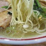 らーめん心繋 - 生姜塩の麺