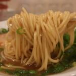 ラーメンまるイ - 麺