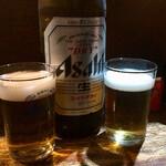 牛太郎 - 瓶ビール500円でカンパ~イ!