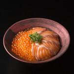 カンパイ - サーモンイクラ丼