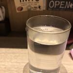 とり焼 番鳥 - 三岳お湯割り、最近飲み過ぎているので焼酎にしてみました