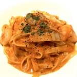 肉と野菜の農家イタリアン アリガト - 料理写真:エビと白菜のタリアッテレ