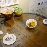 デギュスタ - 樽テーブル