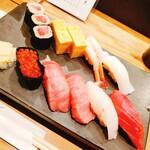Sushitsunaya - 鮪家特選にぎり (2,280円)