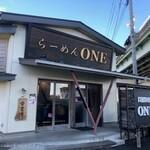 ONE - お店外観