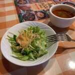 ピッツァリア アリス - アリスセットのサラダとスープ