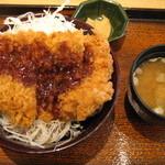 大戸屋 - 鶏かつ丼