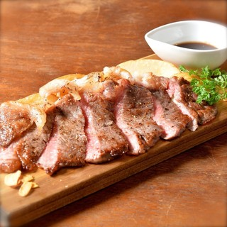 肉料理が充実★美味い肉とお酒を楽しむならBetteiへ♪